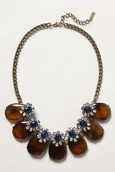 Galapagos Necklace #anthropologie Pair white tank, amber sandal or flat. Works with skirt or pant look.
