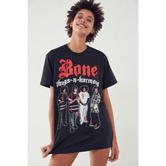 Bone Thugs-n-Harmony E. 1999 Eternal Tee (€25) ❤ liked on Polyvore featuring tops, t-shirts, short sleeve tee, crewneck tee, crew-neck tee, short sleeve t shirt and relaxed fit tee