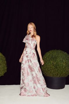 Jenny Packham Spring 2019 Ready-to-Wear Collection - Vogue