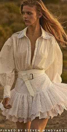 Ingie Paris Resort 2020 – Outfit Inspiration & Ideas for All Occasions Fashion 2020, Look Fashion, Fashion Details, High Fashion, Runway Fashion, Fashion Show, Womens Fashion, Fashion Design, Fashion Trends
