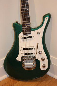 Yamaha SGV-300 guitar