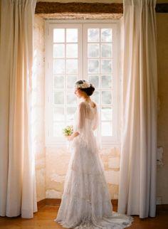 Window Bridal Portrait>>>>