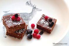 brownie de algarroba y coco #blw #saludable #organic #bambú #bambooset #mimook