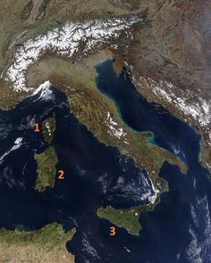 Satellite image of Italy in March 2003 (NASA)