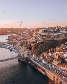 How to spend 3 Days in Porto – Best Europe Destinations Portugal Travel Guide, Europe Travel Guide, Travel Guides, Algarve, Visit Portugal, Spain And Portugal, Europe Destinations, Backpacking Europe, Alaska