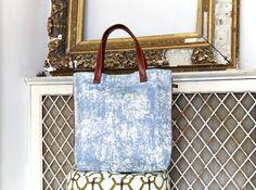 The blue Koja shopper bag from the Eko Eclipse collection #evasonaike #africantextiles #africaninteriors #africandesign #shopperbags