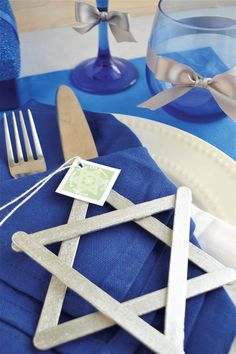 DIY Star of David Ornaments for Hanukkah #decoration #craft #chanukah
