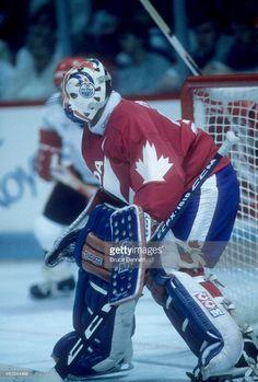 Hockey Goalie, Hockey Games, Ice Hockey, Canada Cup, Goalie Mask, Edmonton Oilers, Nfl Fans, National Hockey League, Nhl