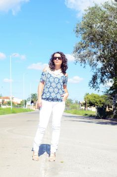 Crochet shoulder off shirt - Mi Vestido Azul |Fashion and Lifestyle Blog | Spanish bloggerMi Vestido Azul |Fashion and Lifestyle Blog | Spanish blogger