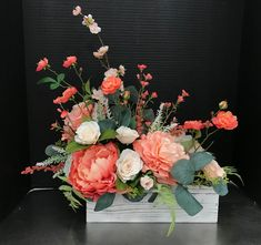 Best 12 Sweet Peaches in a Box by Andrea Contemporary Flower Arrangements, Creative Flower Arrangements, Artificial Flower Arrangements, Beautiful Flower Arrangements, Beautiful Flowers, Beautiful Fruits, Flowers Nature, Flowers In The Attic, Memorial Flowers