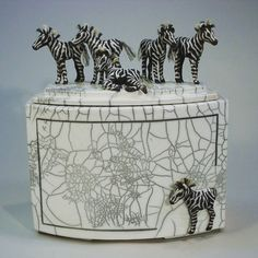 Ceramic Boxes, Decorative Boxes, Pottery, Clay, Sculpture, Ceramics, Engagement, Artist, Ceramica