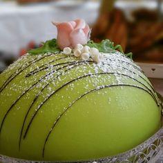 Pretty Swedish cake