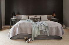 kolory ścian, łóżko, kompozycja