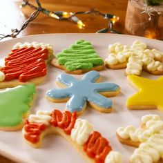 Delicious cookies decoration ideas for food lover. Baking Recipes, Cookie Recipes, Dessert Recipes, Healthy Recipes, Christmas Cooking, Christmas Desserts, Yummy Cookies, Sugar Cookies, Decoration Patisserie