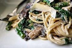 mushroom, spinach and asparagus pasta