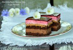 Chocolate cake and berries Chocolate Cakes, Homemade Chocolate, Mousse Cake, Dessert Recipes, Desserts, Something Sweet, Berries, Cheesecake, Goodies