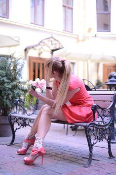 THE POETRY    Model  Irina Blondes  Photo :  Anna Sprojezkaya  MUA : Lana Kolpakova   SANKT - PETERSBURG