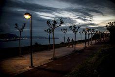 Punta Galea y Azkorri, unas vistas de postal Basque Country, Bilbao, Wind Turbine, Urban Landscape, Beach, Scenery
