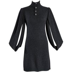 Killer Chanel Cashmere Sweater Dress with Open Sleeves (23.070 ARS) ❤ liked on Polyvore featuring dresses, chanel, black dresses, sleeved dresses, long-sleeve sweater dresses, drape dress and cashmere sweater dress
