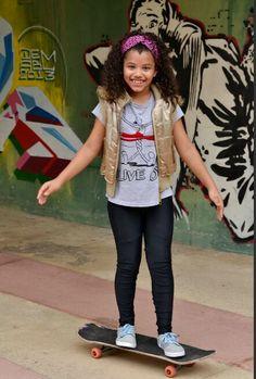 #eloahcristine #meninalinda #cheiadeluz #fashion #lookdodia #ensaiofotografico
