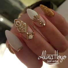 #naildesign #nailart #goldnail #luxurynailart