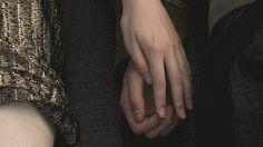 """unicofede: """"Dicono che esistano posti in cui tutto si muove con lentezza…. Dove tutto è per ciò che appare…. Dicono che forse ci hanno visto li, in quel luogo magico, passeggiare mano nella mano…. Dicono che pare sussurrassimo versi d'amore…. Da """"i..."""