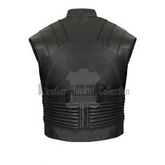 Just when you thought that we put an end to providing the latest outfits in Hollywood, think again. Here is the Hawkeye Captain America Civil War Vest. In the Captain America: Civil War movie, Jeremy Renner wore this as his new costume as Hawkeye. There are so much details to this vest along with th