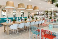 A fresh, nature-inspired look for a garden center restaurant in the UK. Read more on Lights Online Blog.