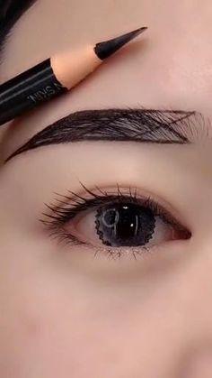 Fall Eye Makeup, Edgy Makeup, Makeup Eye Looks, Eye Makeup Art, Smokey Eye Makeup, Skin Makeup, Eyeshadow Makeup, Bridal Eye Makeup, Anime Makeup