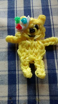 Pudsey loom bear Creative Activities For Kids, Crafts For Kids, Rainbow Loom Bands, After School Club, Children In Need, Fundraising, Christmas Crafts, Projects To Try, Diys