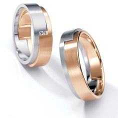 Anillos de Casamiento en Platino y Oro con un Diamante | Diseñado por Henrich & Denzel.-