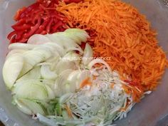 Cabbage, Vegetables, Food, Red Peppers, Essen, Cabbages, Vegetable Recipes, Meals, Yemek