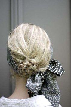 Coiffure avec foulard cheveux mi-longs - Pinterest / Trouvé sur oficinadeestilo.tumblr.com
