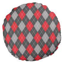 Argyle pattern round pillow