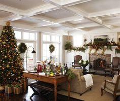 RAZMATAZ: How Sarah Richardson and other Canadian Designers do Christmas decor.
