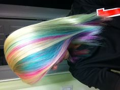 Colorful hair!!!! This is pretty. Incensewoman