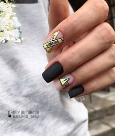 Find the perfect nail art design for your next manicure project! Get inspired with these beautiful, funny, cute and stylish nails ideas Hair And Nails, My Nails, Polish Nails, Black Nail Art, Cute Black Nails, Matte Black, Fire Nails, Best Acrylic Nails, Luxury Nails