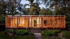 LIVING IN THE LANDSCAPE: This sf house, which draws upon the American glass pavilion typology, Dog Trot, and principles of Florida Modernism, provides a tropical refuge in Downtown Miami. Architecture Design, Vernacular Architecture, Tropical Architecture, Residential Architecture, Glass Pavilion, Modernisme, Downtown Miami, Miami Florida, Building A Container Home