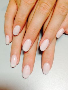 Oval light nude nails