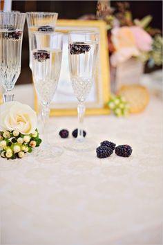 champange and berry cocktail #champagne #cocktail #weddingchicks http://www.weddingchicks.com/2014/04/04/sun-kissed-romantic-wedding/