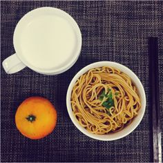 Japan faces (pasta, the base surface)   350gSoy sauce  1/4 cup3 to 4 garlicSugar 2tspVinegar 2tspSesame oil 3tspChili oil 1tspRapeseed oil 4tspHot water 1 ~ 2tspShallot1.Cooking, dry control and thermal insulation! If the fear of sticky, you can add the right amount of sesame oil and mix well.2.Mince garlic, sugar, soy sauce and mix well3.After addition of vinegar, sesame oil, chili oil and rapeseed oil and mix well to heat water. Chili oil may increase or decrease based on personal taste…