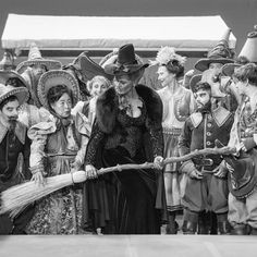 BTS getting all the munchkins in place for a photo is never easy, but always worth it in the end ;) #ouat #behindthescenes #onceuponatime #onceabcofficial #wikedalwayswins #zelena
