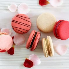 macarons in traditional valentine's colors