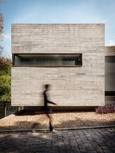 Image 1 of 55 from gallery of Pereira Narvaes House / SUCRA Arquitetura + Design. Photograph by Cristiano Bauce