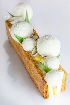 Idea for winter cuisine Individual Desserts, Fancy Desserts, Köstliche Desserts, Plated Desserts, Delicious Desserts, Dessert Recipes, Yummy Food, Cinnamon Desserts, Gourmet Recipes