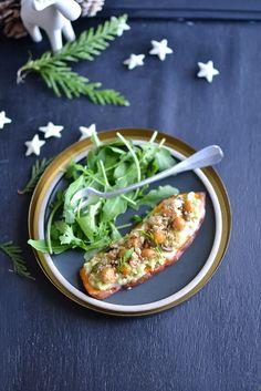 Bonjour, les gourmand.e.s, Comme promis lors du partage de ma recette de gnocchi à la truffe de la semaine dernière, je continue sur ma lancée et vous soumets aujourd'hui un autre plat de fête, plus précisément une entrée gourmande. Après tout, nous sommes...