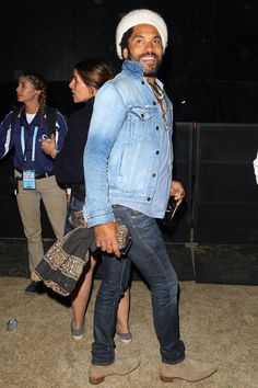 Lenny Kravitz at Coachella Lenny Kravitz, Urban Fashion, Retro Fashion, Mens Fashion, Coachella 2016 Celebrities, Chelsea Boots Outfit, Moda Casual, Celebrity Look, Attractive Men