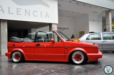 Discover recipes, home ideas, style inspiration and other ideas to try. Golf 1 Cabriolet, Vw Golf Cabrio, Volkswagen Golf Mk1, Vw Mk1, Vw Cars, Hot Rides, Cute Cars, Car Wheels, Dream Cars