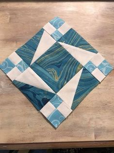 New Patchwork Patterns Ideas Easy Quilts Fun Ideas Quilt Square Patterns, Patchwork Quilt Patterns, Scrappy Quilts, Mini Quilts, Square Quilt, Pattern Blocks, Patchwork Ideas, Patchwork Baby, Patch Quilt