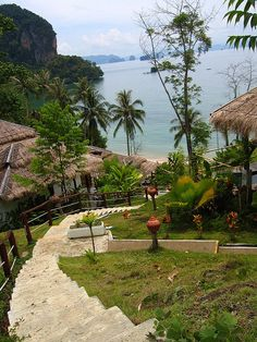 Small cozy resort on Koh Yao Island, Thailand (by Yampie).